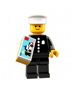 Classic Police Officer - Series 18